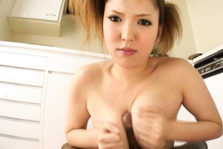Riana Natsukawa Asian beauty gets a cum facial
