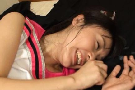 Tsubomi Asiatica CFNM venendo una dura fottendo :: 18Tokyo.com