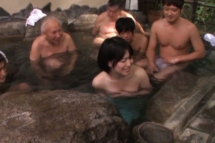 Warm blowjob session with steamy Erina Nagasawa
