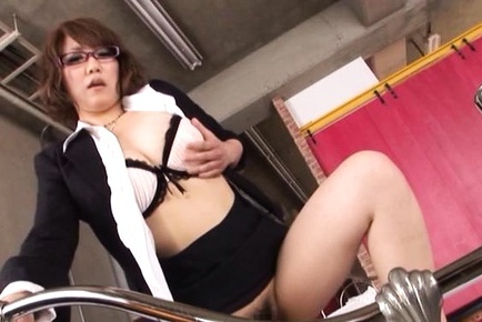 Sexy female teacher in a costume Chihiro Mochizuki gives a hand job